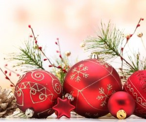 Matte Red Christmas Ball Ornaments Wallpaper