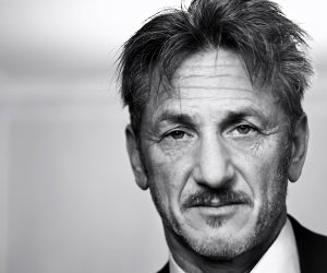 Sean Penn Portrait in Black & White Wallpaper