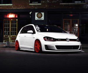 White Volkswagen Golf GTI Wallpaper