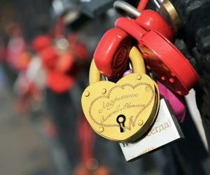 Love Lock Wallpaper