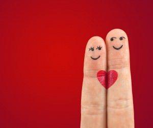 Fingers in Love Wallpaper