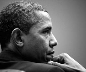 Barack Obama in Black & White Wallpaper